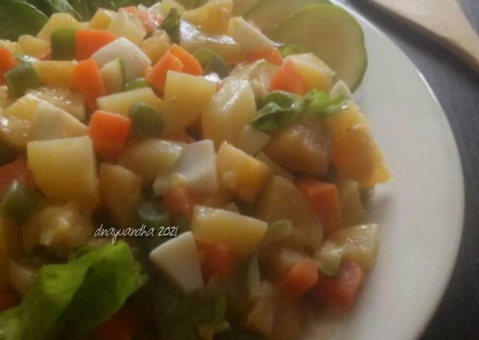 Huzarensla Salad