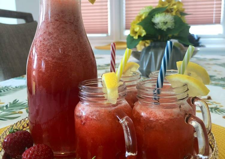 Step-by-Step Guide to Make Favorite Homemade Strawberry Lemonade