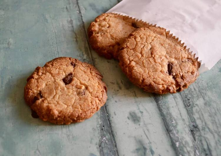 Step-by-Step Guide to Make Speedy Peanut Butter Choc Chip Cookies