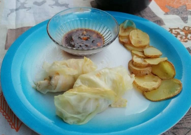 Ricetta Involtini di verza con pollo e chips