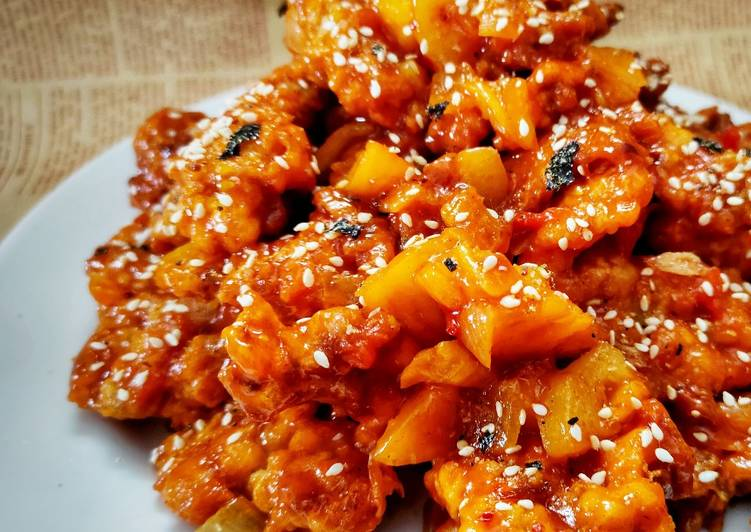 Korean Spicy Chicken with Pineapple 🍍🍍