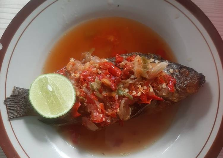 Pecak Ikan Mas Betawi