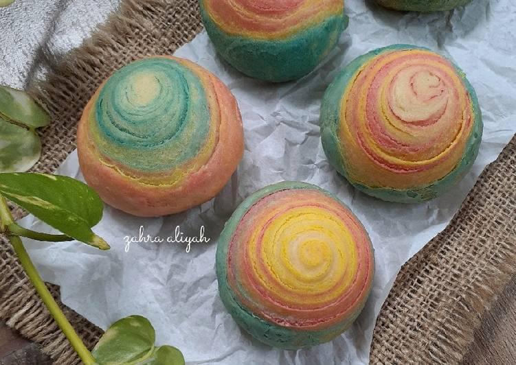Unicorn rainbow pastry / spiral mooncake