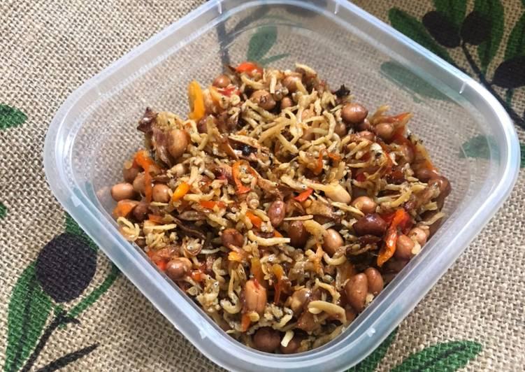 #25 Teri Kacang Pedas Bumbu Iris (Kriuk tahan lama)