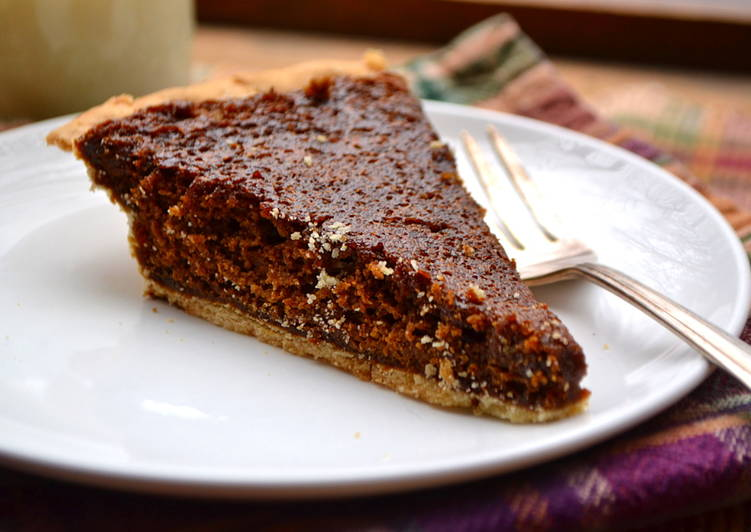 Old Fashioned Molasses Pie