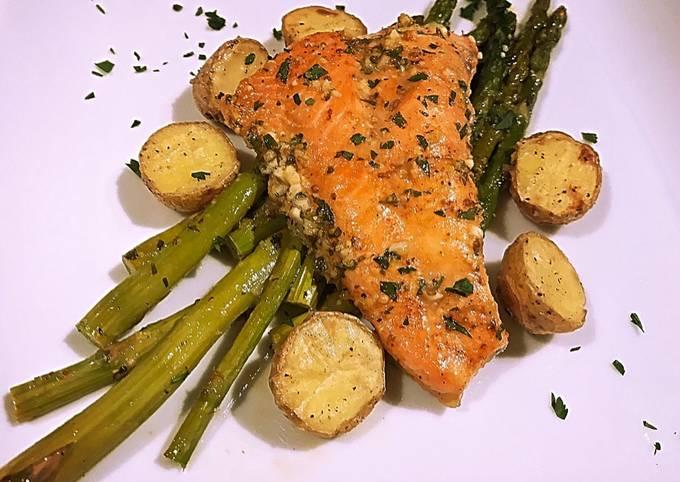 Sheet pan Honey lemon garlic salmon with asparagus and potato