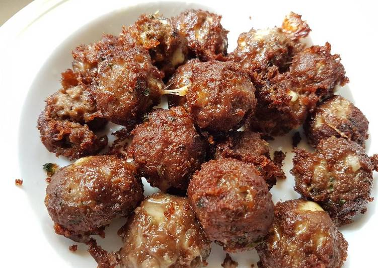 The Best Soft and Chewy Dinner Ideas Autumn Meatballs with Cheese & Oregano