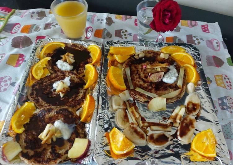 Banana apple and oats pancakes