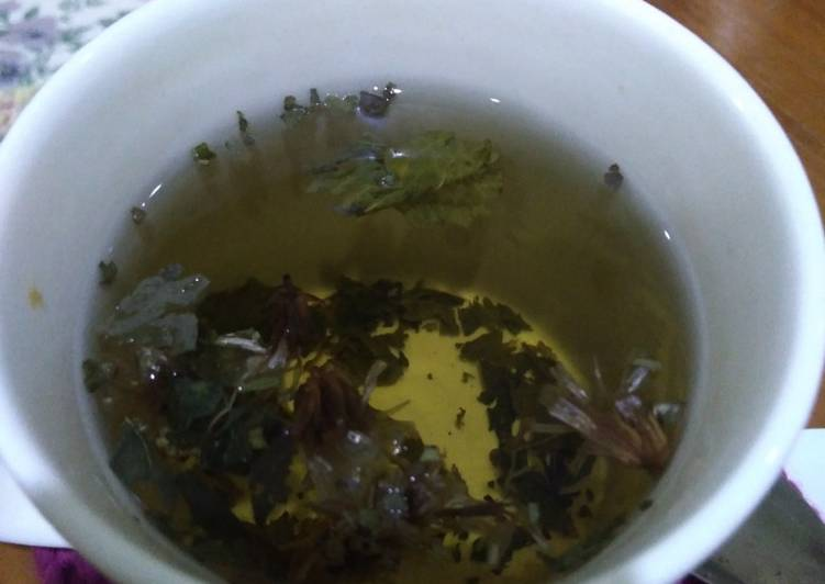 Forget-Me-Not Mint Tea