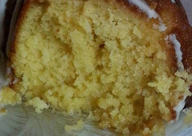 Recipe: Tasty * Pineapple Poke Cake *