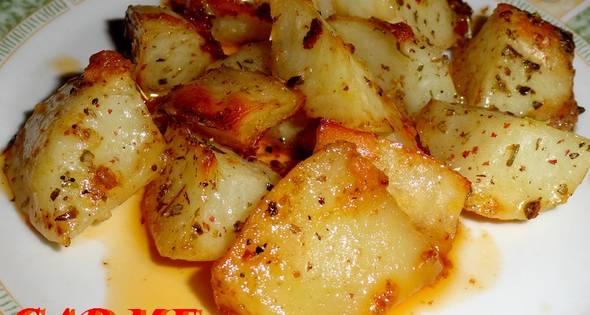 Patatas Asadas Con Sobrasada Y Hierbas