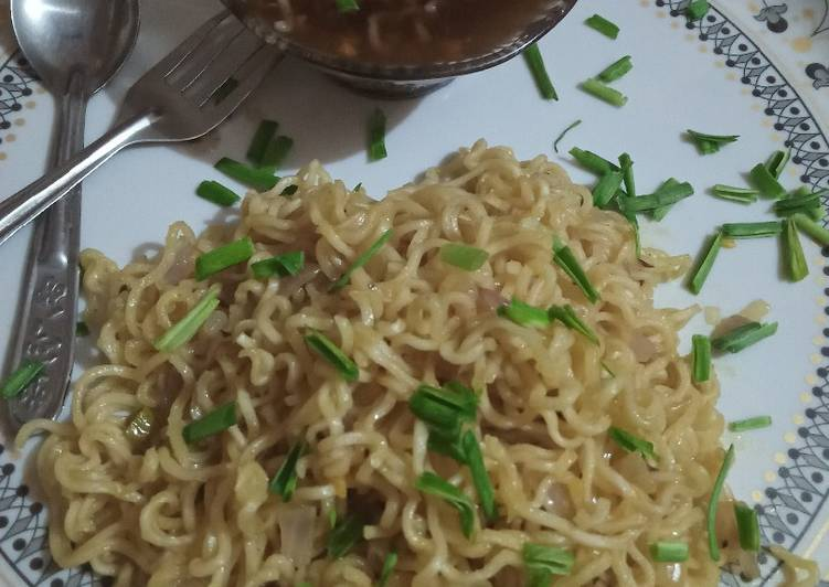 Onion maggie and manchow maggie soup