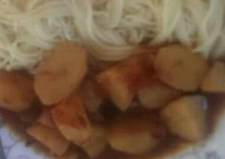 How to Prepare Perfect Potato stew and spaghetti