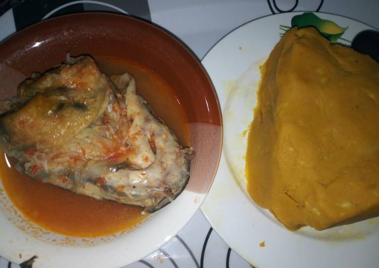Simple Way to Prepare Award-winning Onunu with Catfish peppersoup