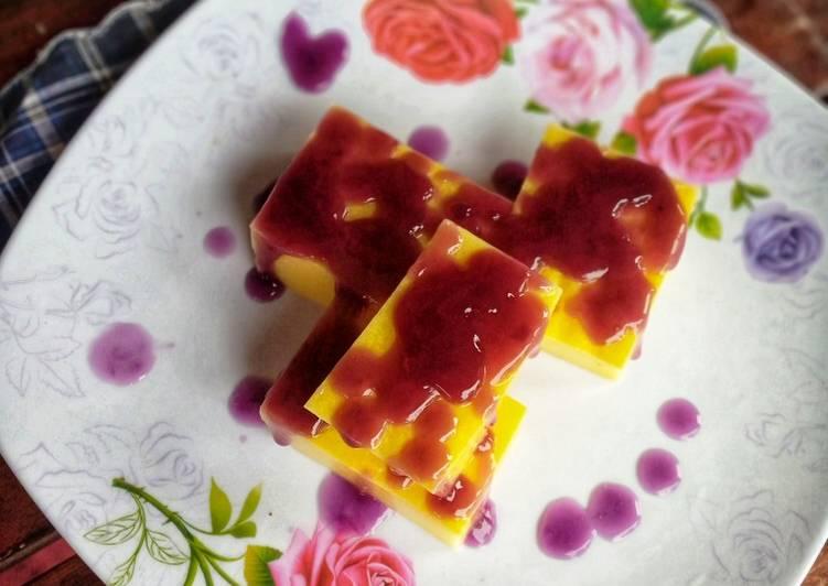 Pudding Jagung Manis Saus Blueberry