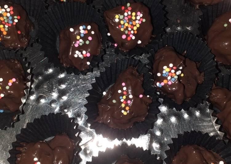 Kue Kurma Coklat Lebaran Simpel