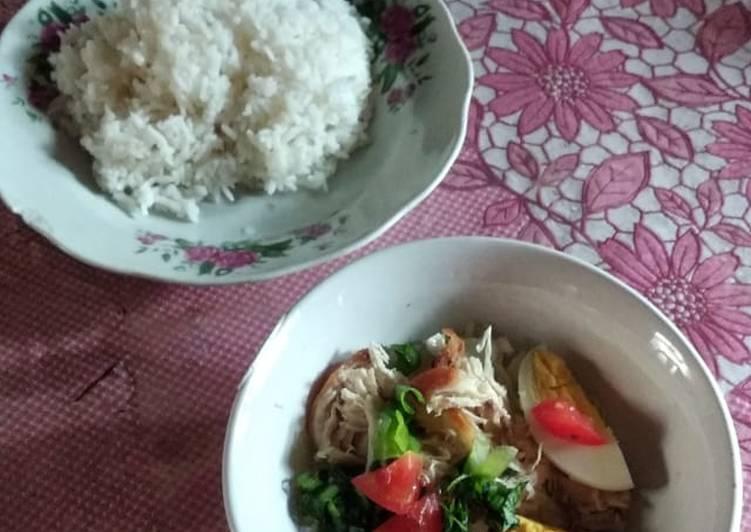 Soto Ayam Kuah Bening Kuning