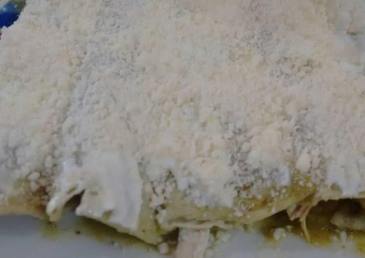 Enchiladas verdes rápidas