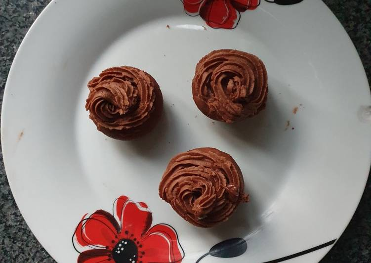 Step-by-Step Guide to Make Super Quick Homemade Choc. Cupcake with Choc. Buttercream