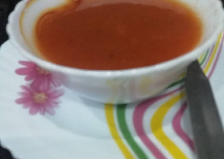 Step-by-Step Guide to Make Homemade Tomato Soup