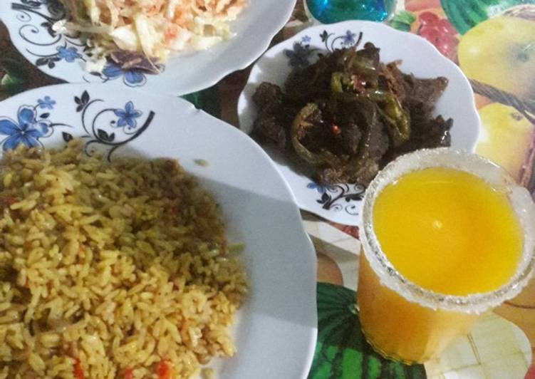 Recipe: Tasty Small vegetable rice with grilled meat souce da mango juice