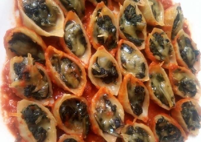 Conchiglioni farcie aux épinards