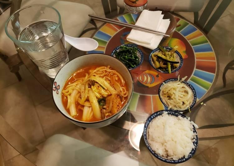 Easiest Way to Make Appetizing Vegan Tteokbokki