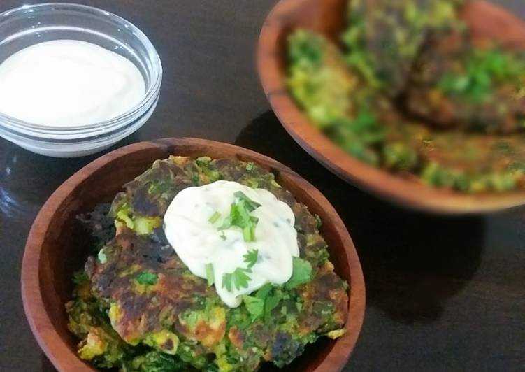 Zucchini spinach fritters