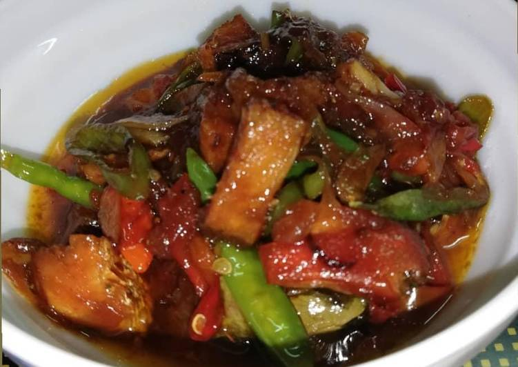 Resep Asem pedas manis ikan asin jambal/telang yang simpel