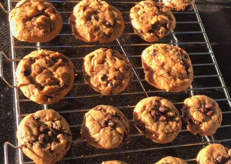 Bagaimana Membuat Cookies choco chip soft yang Bikin Ngiler