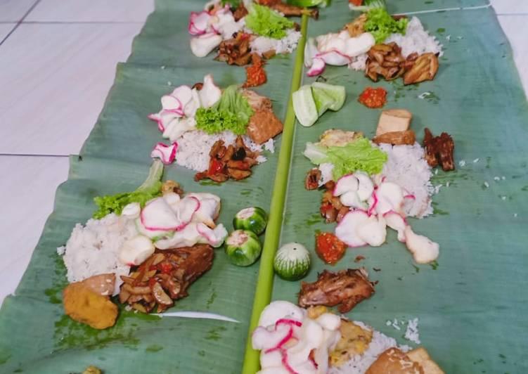 Nasi liwet ikan teri Lampung rice cooker
