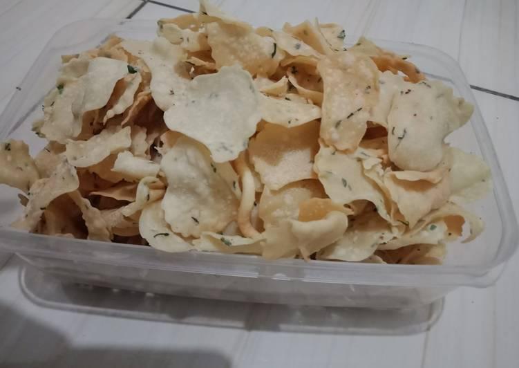 Kue bawang renyah