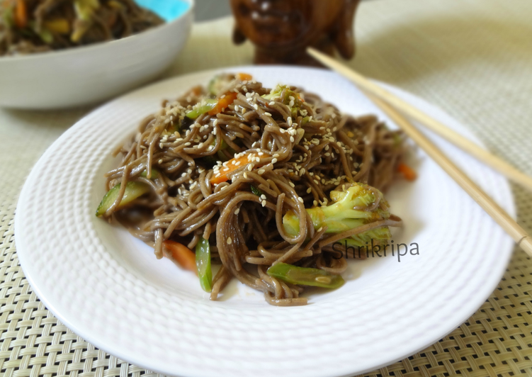 Soba Noodles with Vegetables in Honey based sauce: