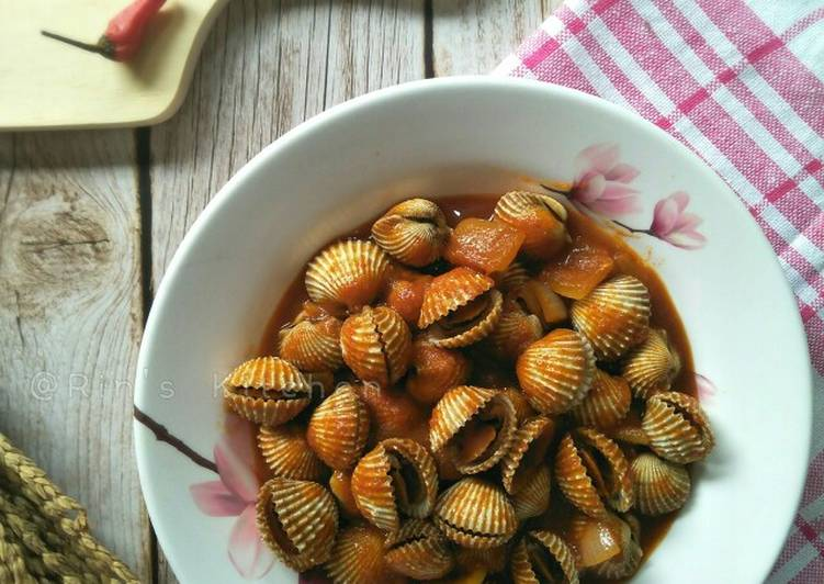 Recipe: Tasty Blood Cockle with Sweet and Spicy Sauce