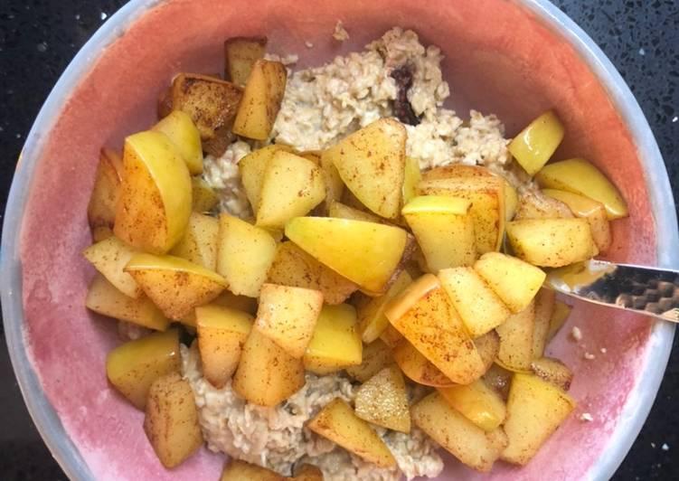 Overnight apple pie oats