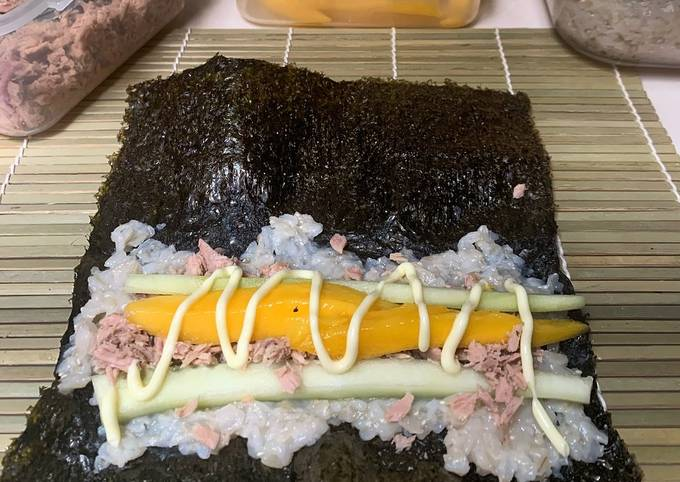 Canned Tuna, Japanese Brown Rice Kimbap