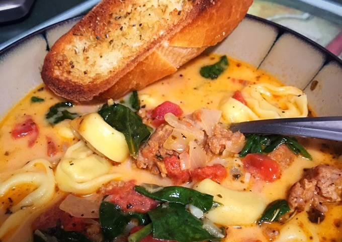 Creamy Tuscan Sausage Tortellini Soup (Crockpot)