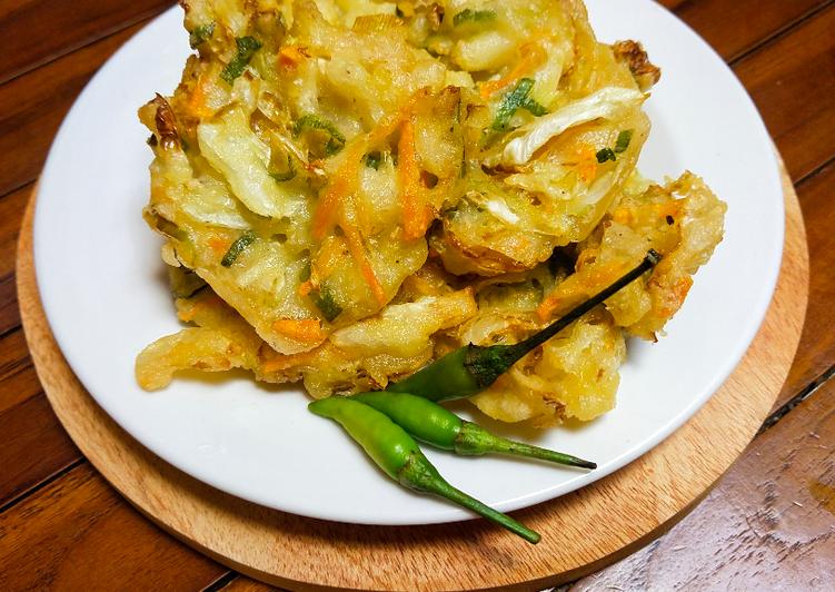 Bakwan sayur crispy diluar lembut di dalam