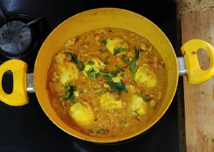 Pondicherry Egg Curry