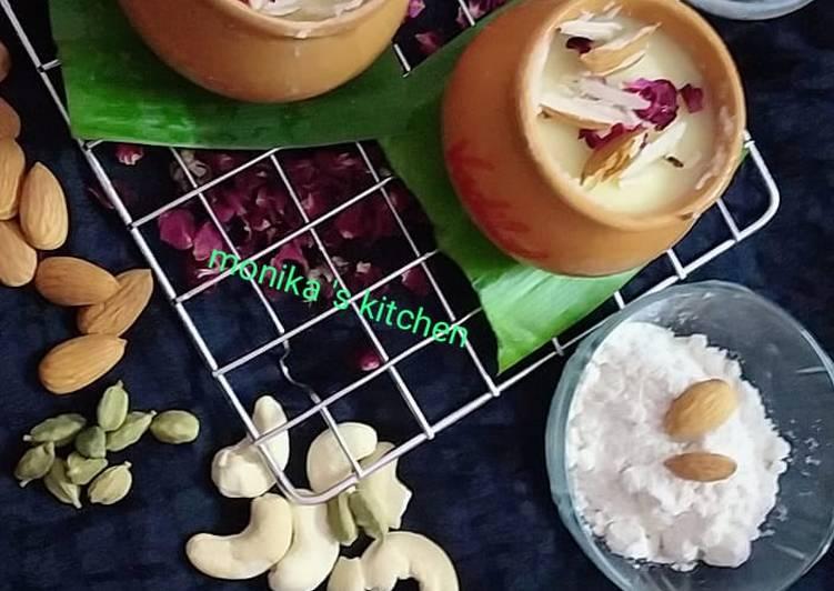 Thandai flavour matka kulfi