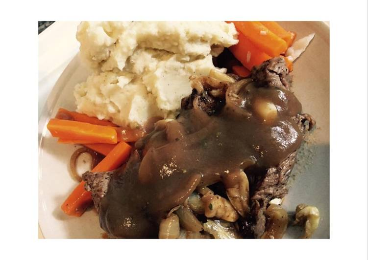 Beef steak with mashed potato