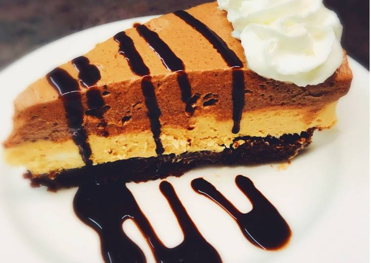 Easiest Way to Cook Tasty Chocolate Peanut Butter Pie