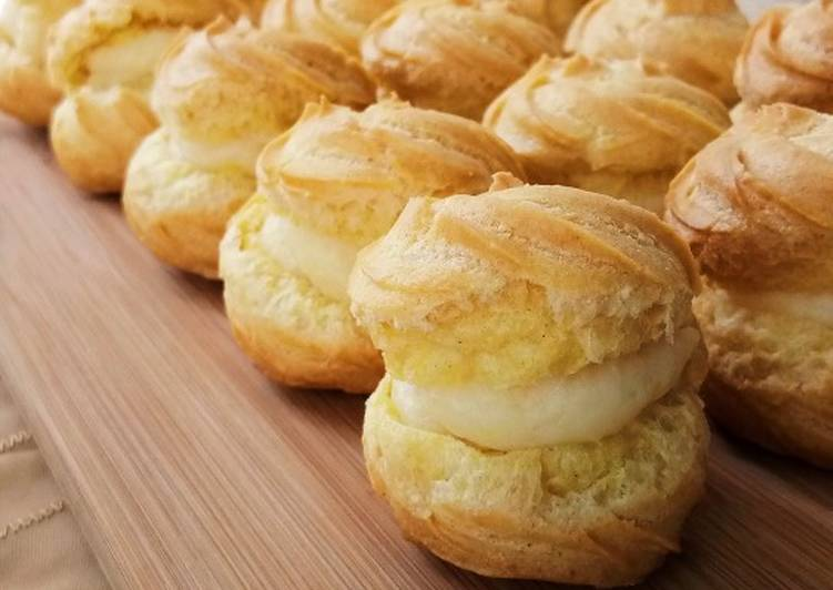 Choux Puff with Vanilla Custard