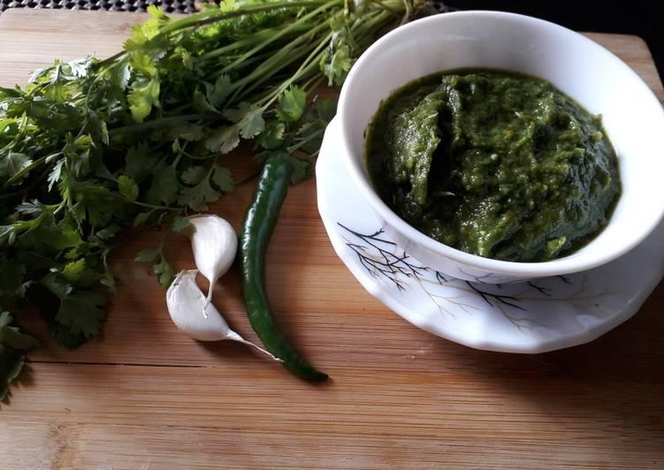 Steps to Make Ultimate Green coriander and tomato ki chutney