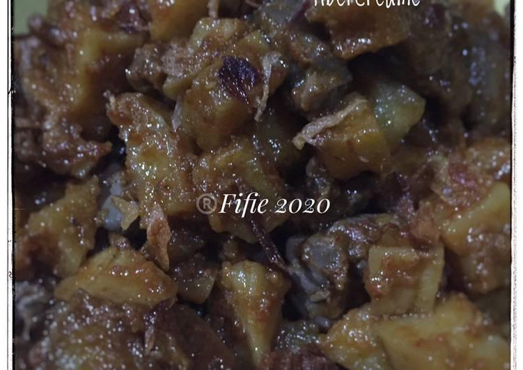 Sambal goreng ati ampela with fibercreame