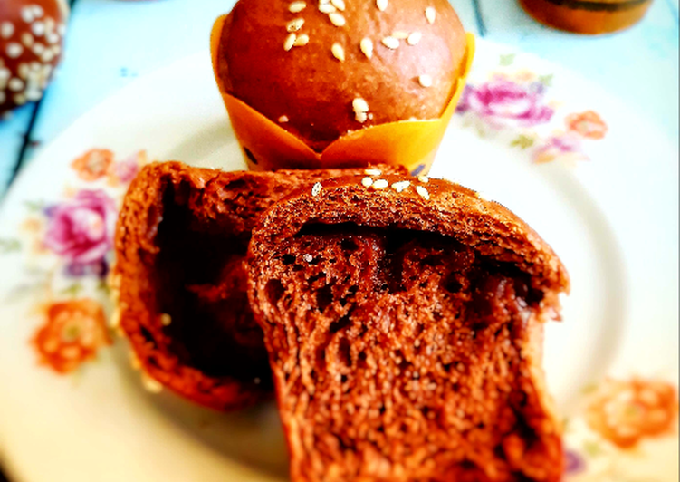 Roti manis coklat