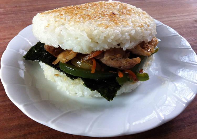 Rice Burger with Yakiniku Stirfry