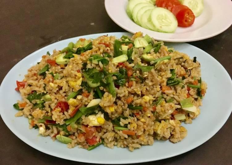 Nasi goreng sayur sehat