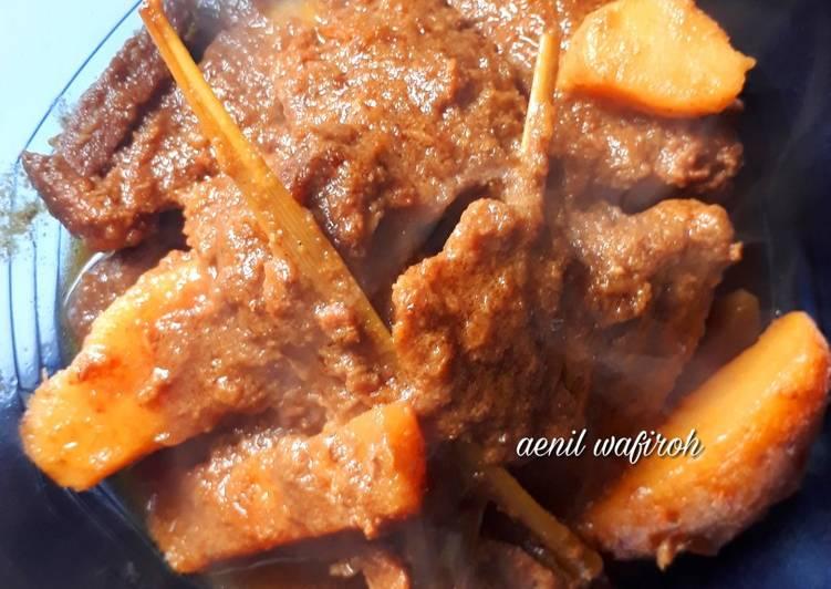 Semur daging sapi simple
