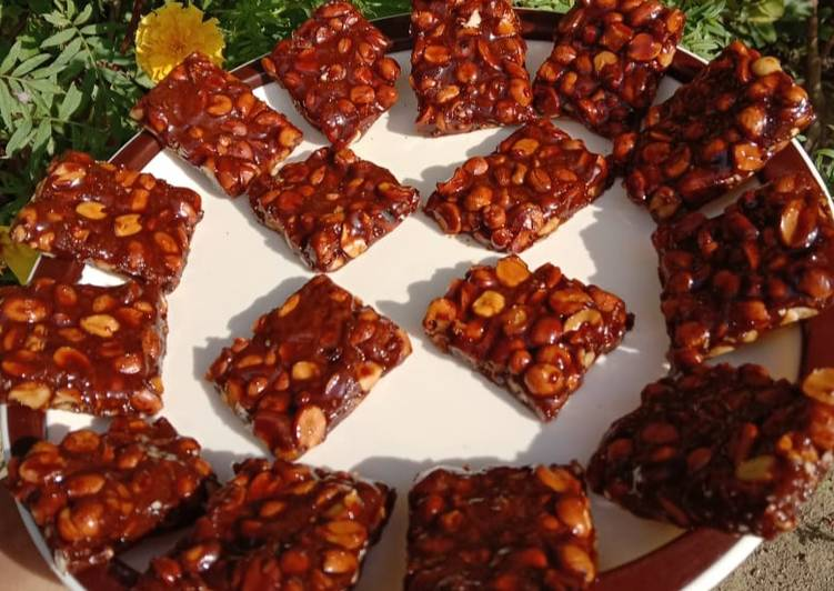 10 Minute Recipe of Diet Perfect Peanut Chikki Moongfali